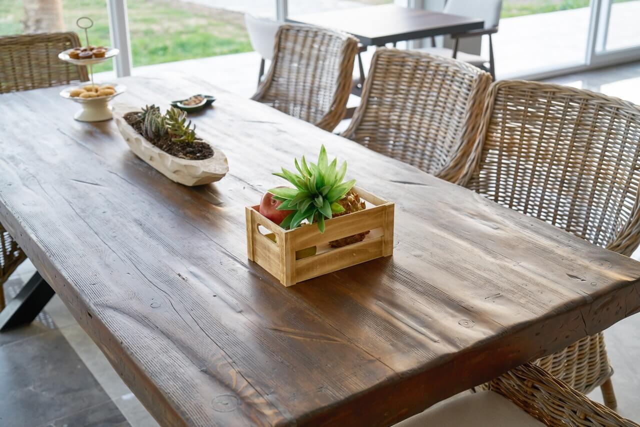 Nogi do stołu, kiedy warto kupować je osobno?